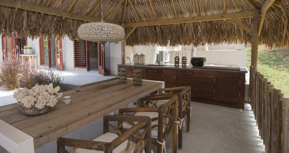 Ontwerp palapa moderne villa Boca Gentil Curacao door IHC architects