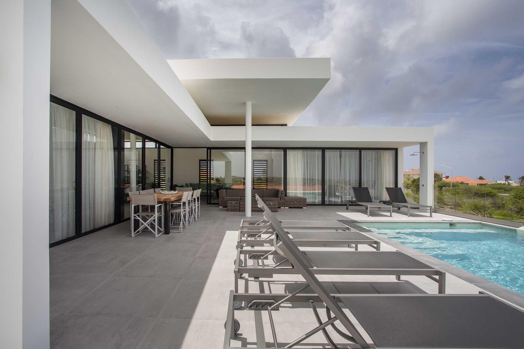 Modern villa vista royal ihc architects nederland curaçao spanje